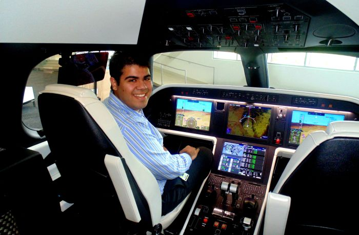 Djalma in Cockpit
